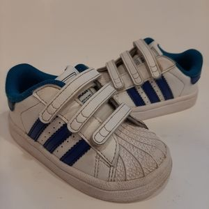 Adidas gender neutral infant shoes size 5